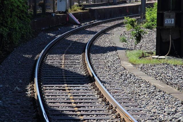 railway-337305_640